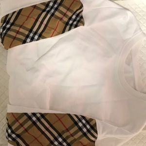Other - Burberry White Sweater